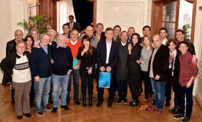 Lombardi y Macri con actores