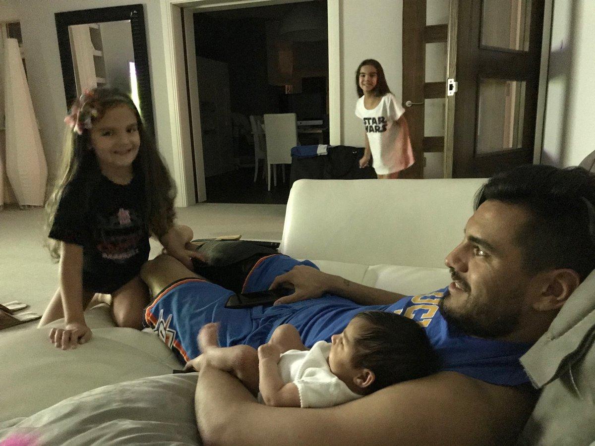 """Chiquito Romero y sus tres hijas: """"el amor todo lo cura"""""""