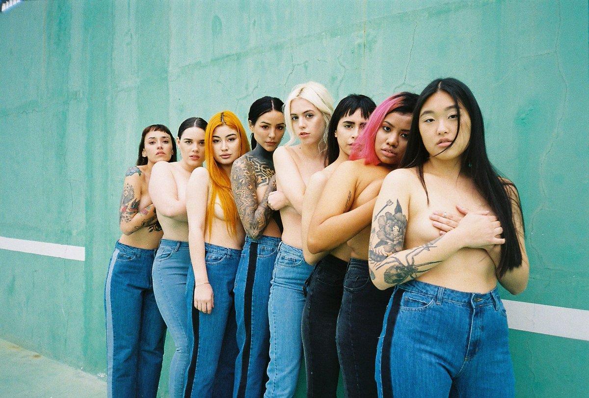 Cande Tinelli y una campaña multitalle en topless
