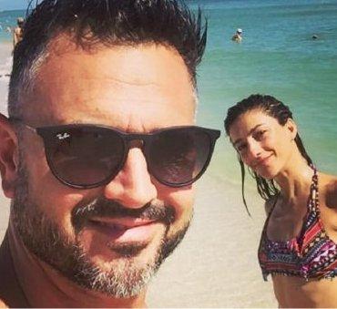 Leo Montero y su mujer abrieron temporada de pileta