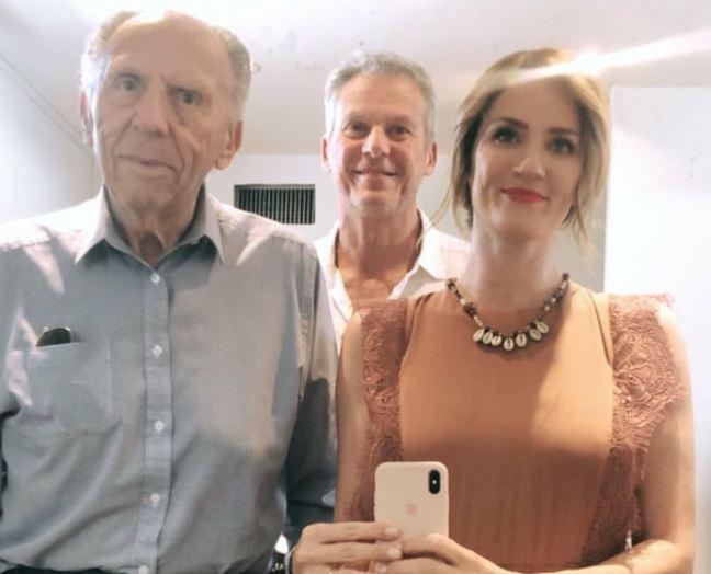 Paula y su abuelo ganaron $ 750000 con Santi del Moro